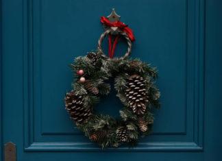 Ponadczasowe kompozycje kwiatów Boże Narodzenie